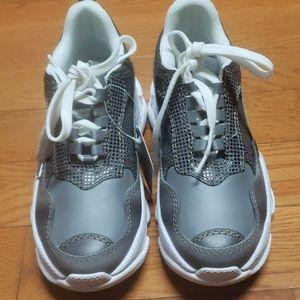 effrey Campbell  Lo-Fi Sneaker, Grey Reflective Co